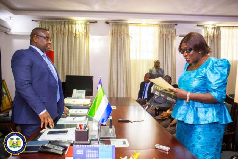 New Commissioner of the Public Service Commission Subscribes to Oath of Office