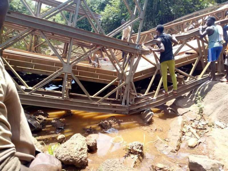 Mabang Bridge in ruin with no maintenance